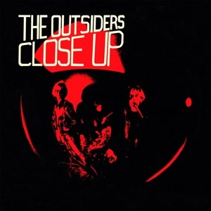 OUTSIDERS, THE - CLOSE UP